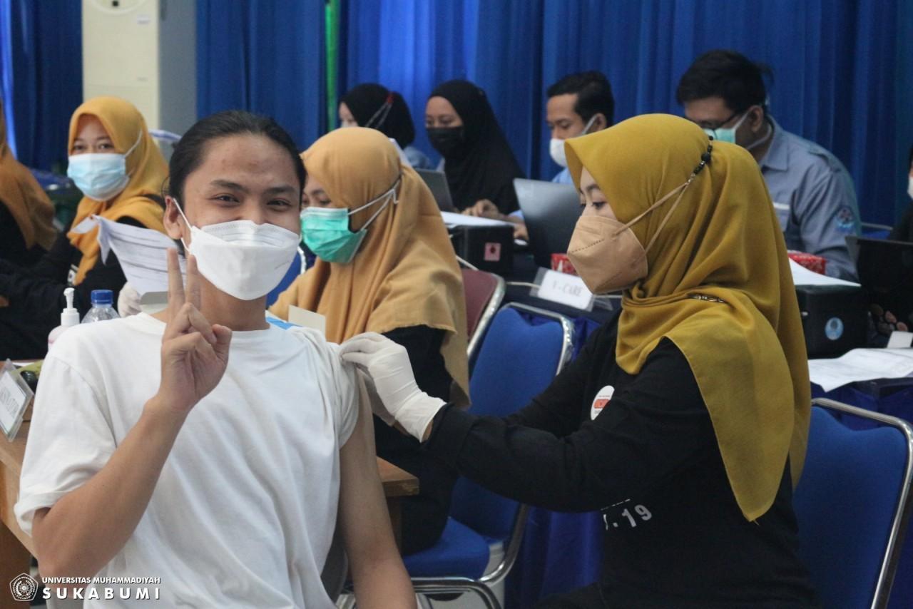 Siap Kuliah Tatap Muka, Universitas Muhammadiyah Sukabumi Gelar Vaksinasi