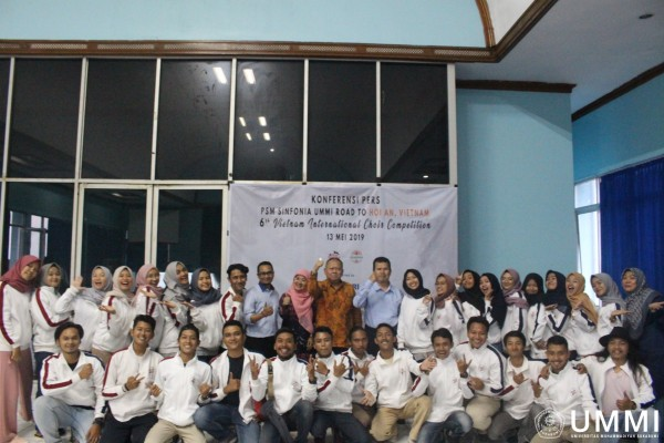 Sinfonia Choir of UMMI Goes International